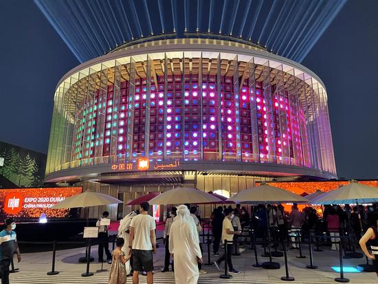 参观人士纷纷点赞   迪拜世博会中国馆游客破10万