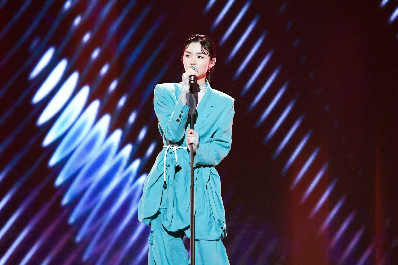 """《上线吧!华彩少年》收官 飒爽女歌手张羽清获""""华彩少年优秀代表"""""""