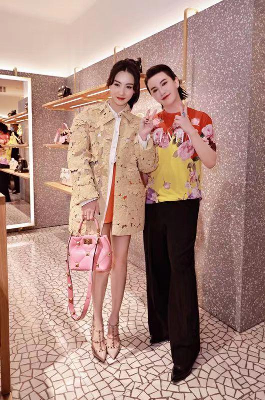 郑善方出席Valentino品牌活动 携手活氣麗与张柏芝同台定格时尚瞬间