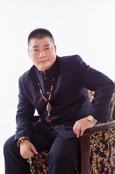 北京华夏博易国学文化发展中心佛山市分中心院长—钟乃国
