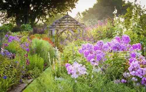 英国知名的鲜花庄园TOP5
