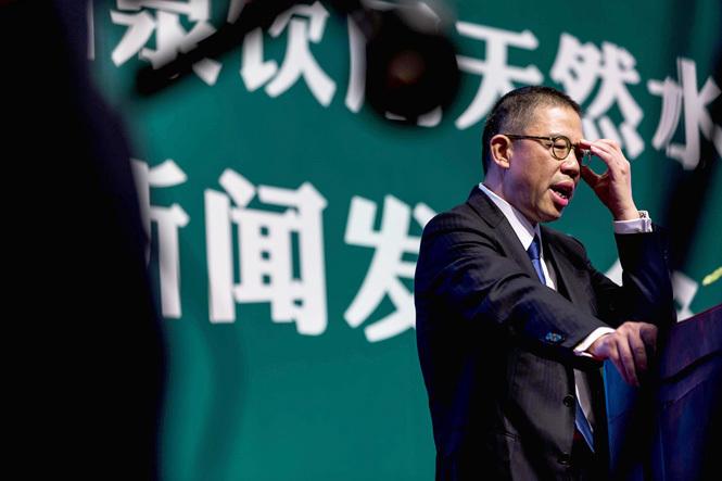 农夫山泉创始人再超马化腾 身家达592亿美元