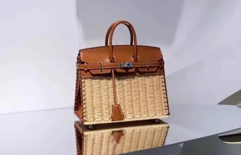 手袋前身为高缇耶十年前所设计  爱马仕推出首个编织版铂金包