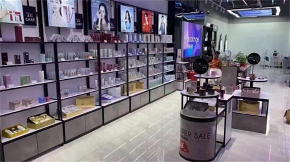 百黛天娇化妆品牌,能体验各种美妆产品和服务