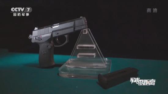 中国公开92式手枪组装线