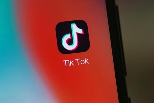 为了过关 TikTok将总部继续留在美国