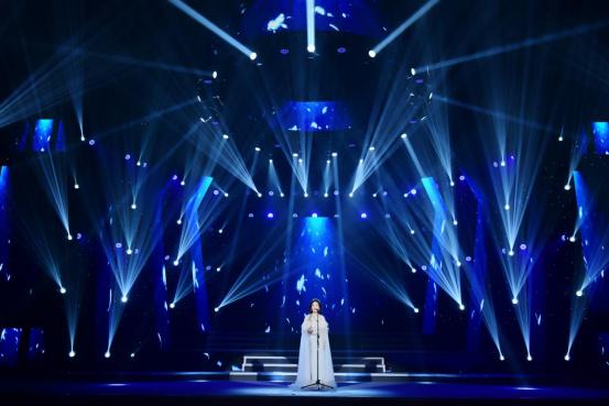 李雅坤北京个人演唱会倾情上演,用歌声唱出音乐梦想170.jpg