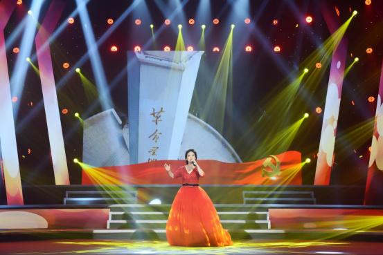 李雅坤北京个人演唱会倾情上演,用歌声唱出音乐梦想172.jpg