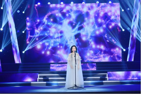 李雅坤北京个人演唱会倾情上演,用歌声唱出音乐梦想258.jpg