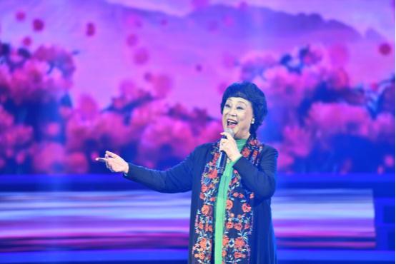 李雅坤北京个人演唱会倾情上演,用歌声唱出音乐梦想407.jpg