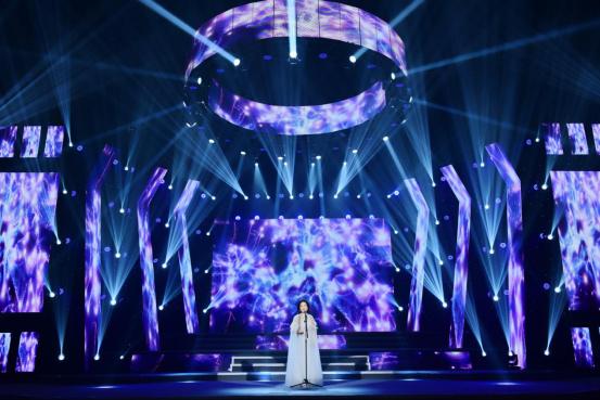 李雅坤北京个人演唱会倾情上演,用歌声唱出音乐梦想599.jpg