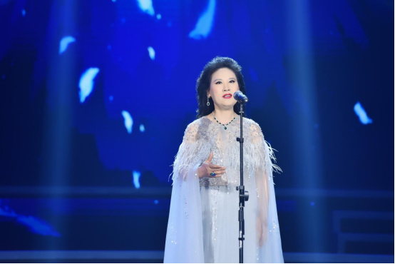 李雅坤北京个人演唱会倾情上演,用歌声唱出音乐梦想601.jpg